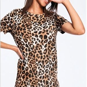 PINK by Victoria's Secret leopard perfect crew tee